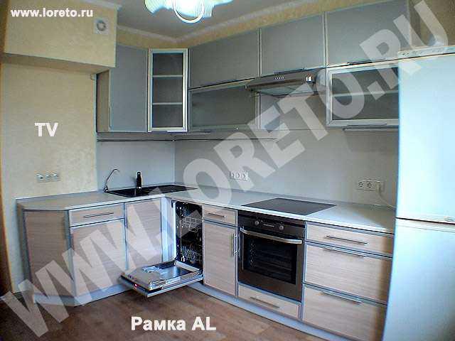 Кухня с демонтированным вентиляционным коробом фото 64