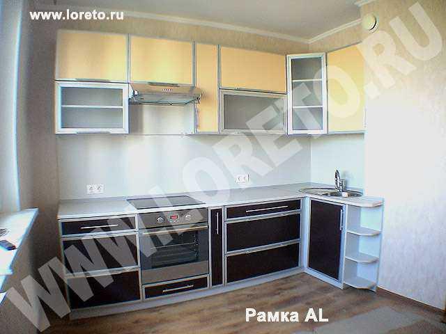 Кухонный гарнитур с вентиляционной шахтой фото 59