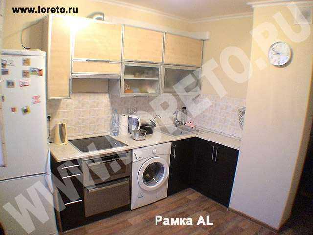 Индивидуальный дизайн кухни с коробом в углу фото 56