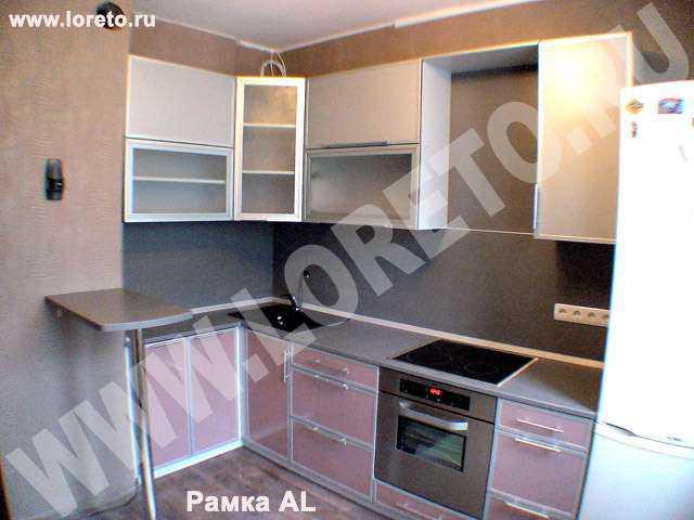 Встроенная кухня с коробом по индивидуальному дизайну фото 69