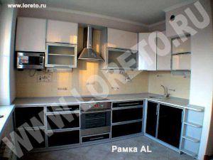 Нестандартная встроенная кухня с вентиляционной шахтой в п-44 фото 33