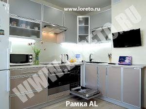 Стильная кухня с коробом 10 кв. м по индивидуальному дизайну фото 35