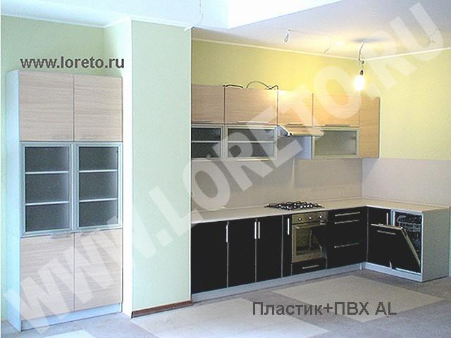 Кухня с вентиляционной шахтой посередине фото 46