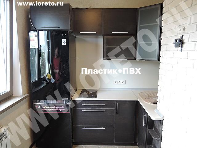 Угловая кухонная мебель с коробом в доме п-44 фото 47